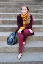 vintage blazer - Primark jeans - Zara sweater - Moschino bag - Gap flats