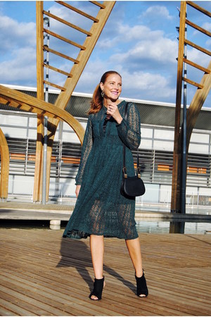 Coccinelle bag - Deichmann boots - ovs dress