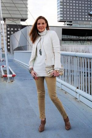 Fili Plaza accessories - Nine West shoes - Massimo Dutti jeans - Zara jacket