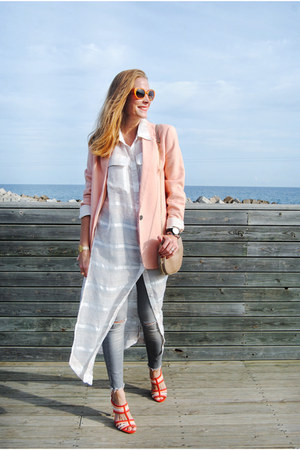 oxygene blouse - Zara jeans - Zara blazer - Carolina Herrera bag - Zara heels