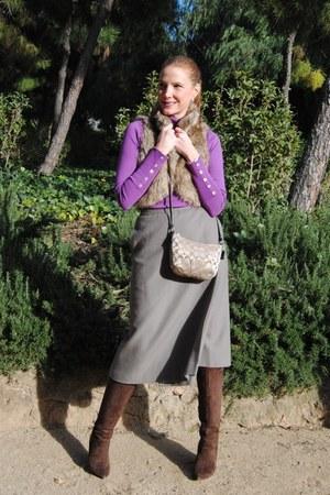 coach bag - Nine West boots - Sfera sweater - vintage skirt - suiteblanco vest