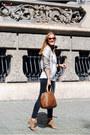 Zara-jeans-zara-blazer-carolina-herrera-bag-etnia-barcelona-sunglasses