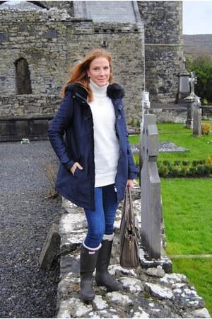 Zara coat - Hunter boots - Zara jeans - Zara sweater