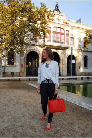 Be&Luk necklace - Zara sweater - Furla bag - Zara heels - smash pants