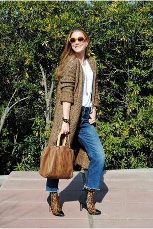 Massimo Dutti cardigan - Menbur boots - Zara jeans - Carolina Herrera bag
