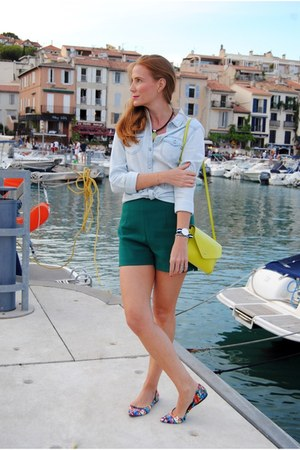 Daniel Wellington watch - Lefties shirt - Zara bag - Zara shorts