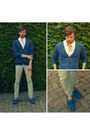 Navy-liberto-loafers-eggshell-slim-zara-pants