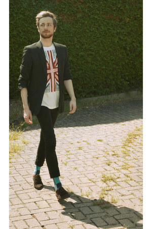 white H&M t-shirt - black skinny jeans pull&bear jeans - black blazer
