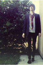 black skinny jeans jeans - black blazer - ruby red scarf