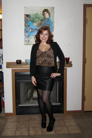 black H&M blazer - black faux leather Forever 21 skirt - brown leopard print H&M