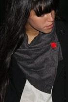 Adi-bakshi-scarf
