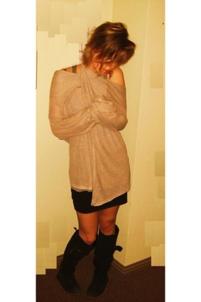 American Apparel skirt - Topshop - Aritzia top