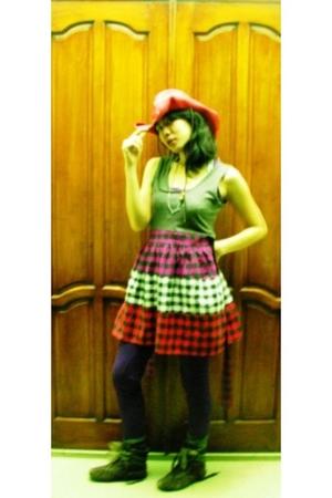 Roxy hat - dress - UGB Underground Bitch leggings - Killer Loops boots