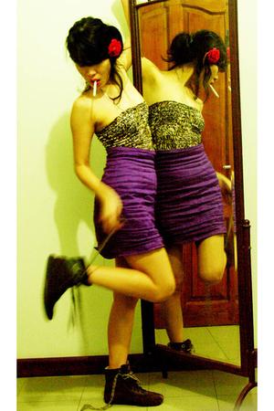 pasar seni Bali dress - UGB skirt - Killer Loops boots - lipstick eater purse