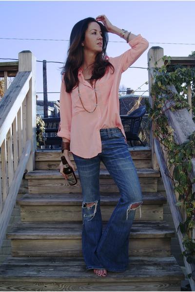 Current Elliott jeans - sam & lavi shirt - vanessa mooney necklace