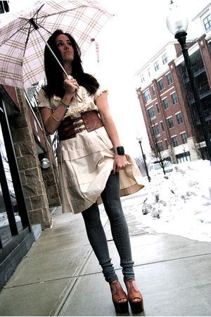 brown Jessica Simpson shoes - gray falke leggings - beige JCrew skirt - white Na