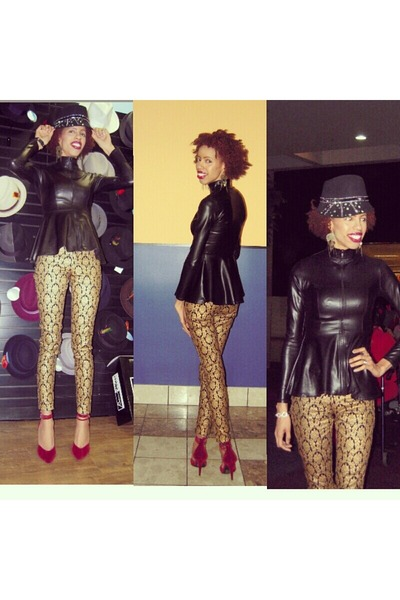 black leather Coco Casha Butik shirt - gold baroque Shoxie pants