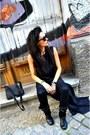 Black-cosmina-pasarin-t-shirt-collection-dress-black-leather-esprit-bag