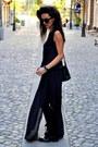 Leather-esprit-bag-moa-sunglasses-cosmina-pasarin-t-shirt-collection-blouse