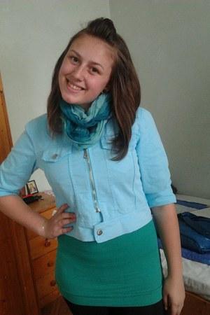 light blue H&M jacket - turquoise blue scarf - green Stradivarius top
