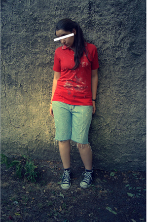 Pinguin t-shirt - jeans - Converse shoes