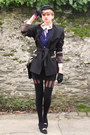 Navy-cap-secondhand-hat-black-gold-secondhand-jacket-blue-ruffle-romwe-shirt
