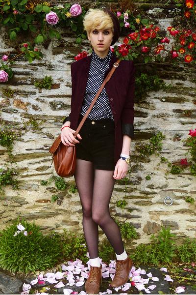 black suede thrifted shorts - dark brown beret second hand hat