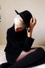 Black-wool-second-hand-jumper-black-felt-thrifted-hat-black-thrifted-socks