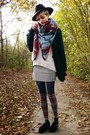 Cream-wool-sheinside-sweater-charcoal-gray-striped-tightology-tights