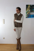 heather gray leather Alba Moda boots - heather gray quilted Mango vest