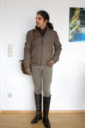heather gray Zara pants - charcoal gray bagatt boots