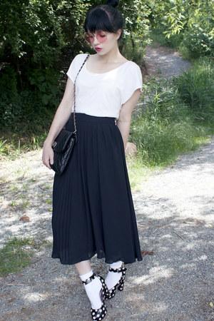black polkadot H&M heels - bubble gum round H&M sunglasses
