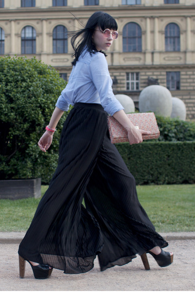H&M Pleated Pants - How to Wear and Where to Buy | Chictopia