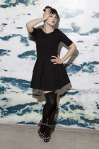 black Zara dress - pink polka dot hm heels