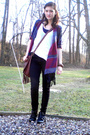 Blue-sweater-black-jeans-white-top-black-boots-brown-purse