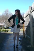 black blazer - gray J Crew dress - black Aldo shoes - gray DKNY tights - green s