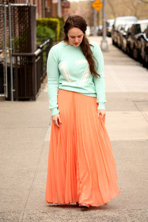 coral pleated Zara skirt - aquamarine sporty Forever 21 jumper