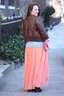 Salmon-pleated-zara-skirt-black-embroidered-zara-boots
