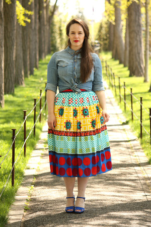 red printed asos skirt - periwinkle denim Zara shirt - blue suede Zara sandals