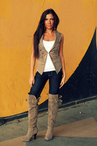 suede boots - jeans