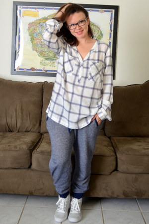 Old Navy shoes - Old Navy pants - Old Navy blouse