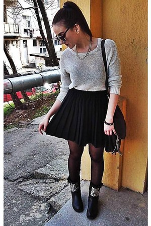 black boots - white Bershka shirt - brown bag - black skirt - silver necklace