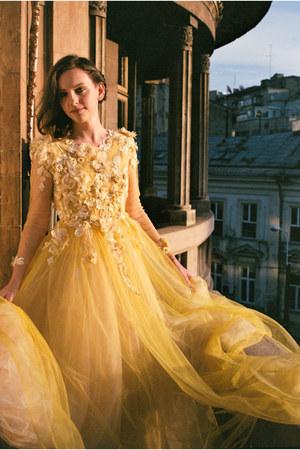 gold Cristina Cernei Couture dress