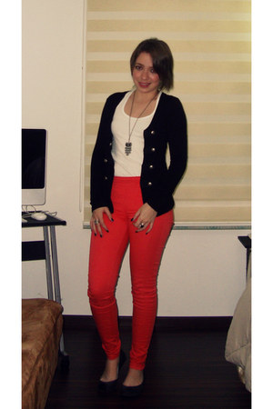 white Zara top - black Forever 21 sweater - hot pink high-waisted Bershka pants