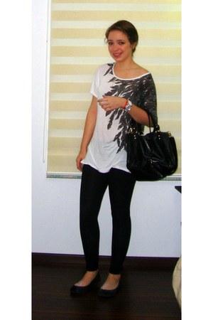 white Zara blouse - black Zara leggings - black Steve Madden bag