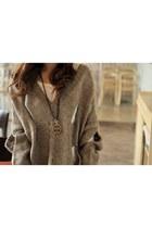 heather gray large sweater