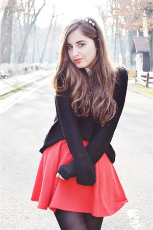 black H&M sweater - red H&M skirt