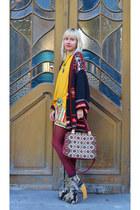 Jeffrey Campbell shoes - Zara jacket - Mango sweater - vintage bag - Zara shorts