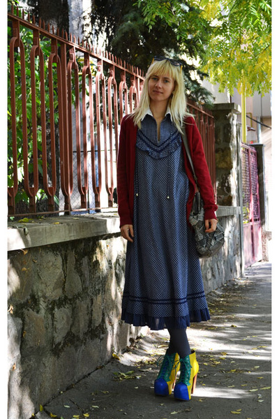 Jeffrey Campbell boots - vintage dress - Zara bag - Zara cardigan