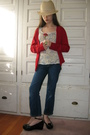 Beige-hat-red-cardigan-blue-shirt-gray-jeans-black-shoes